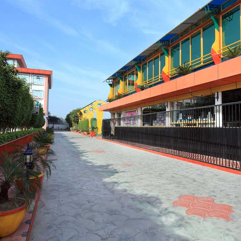 schools in Delhi for Class 11